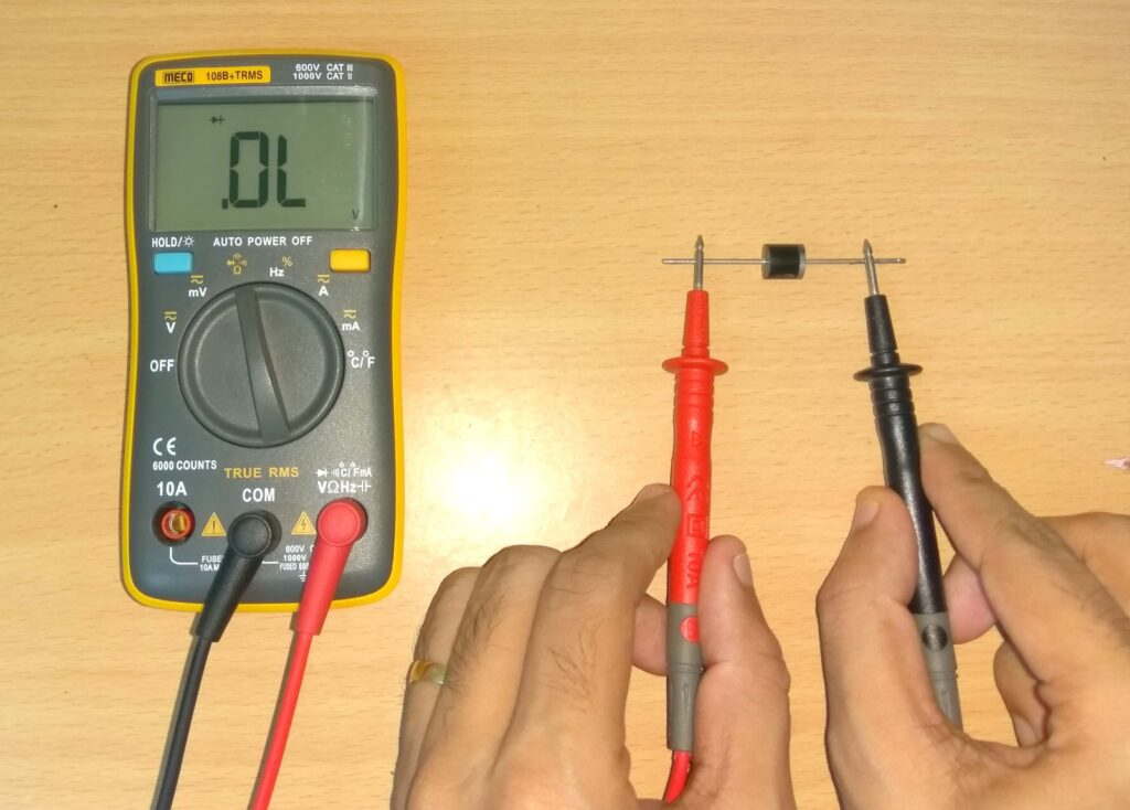 Diode test using multimeter