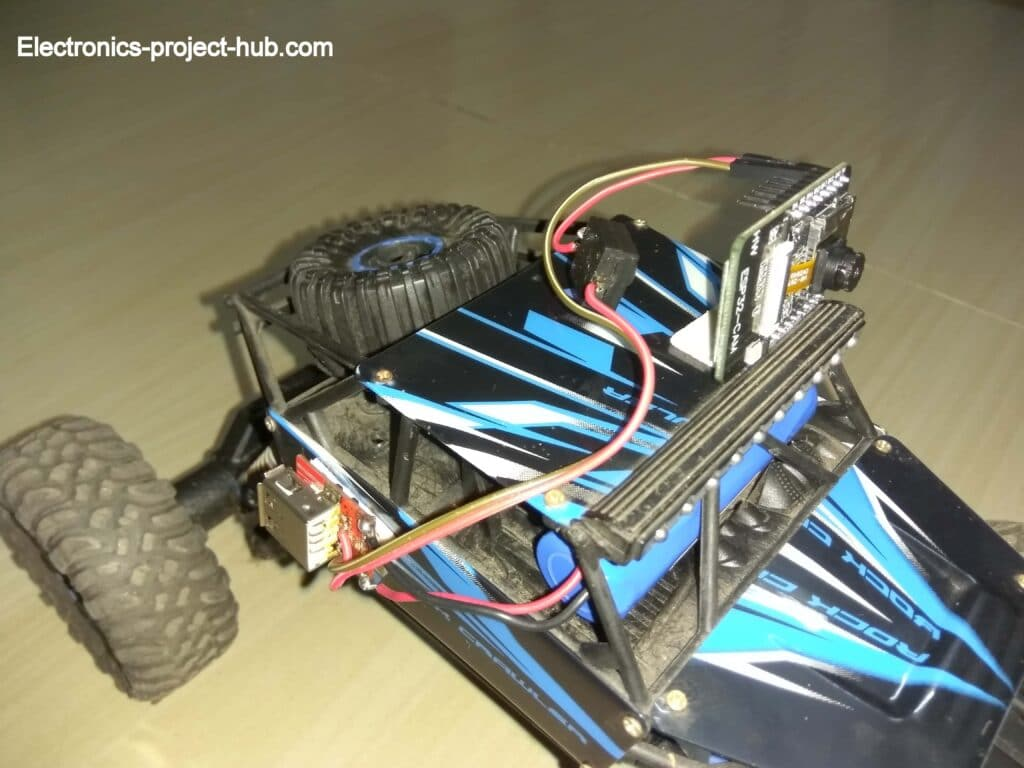 ESP32 CAM video streaming from RC car